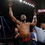 EFE Ajagba undercard Easter Barth Credit Easter Lin Shhowtime4