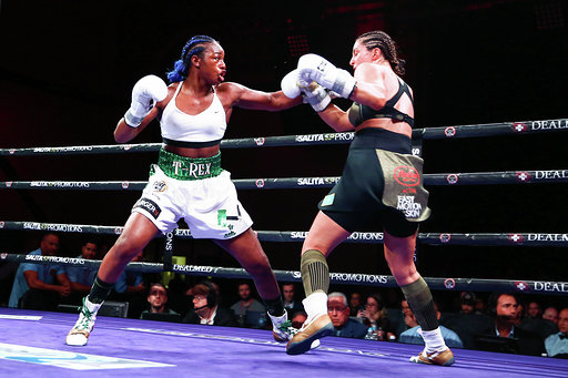 Shields Defeats Hammer Cedit Stephaine Trapp Showtime.png8