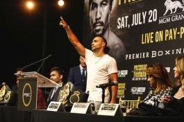 Pacquiao Thurman Press Conf Quotes Photos may 21 19 Credit Stephaine Trapp1